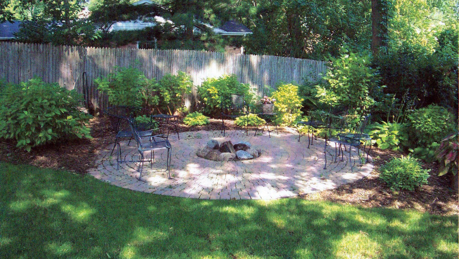 Backyard landscape r e marshall nursery for Garden patio ideas