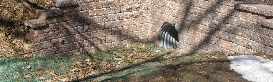 Aqua Patio & Culvert Retaining Walls