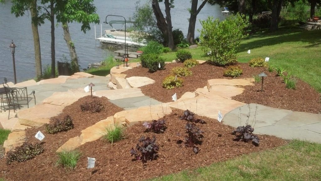 stone patio and retaining wall | RE Marshall | Rockford IL