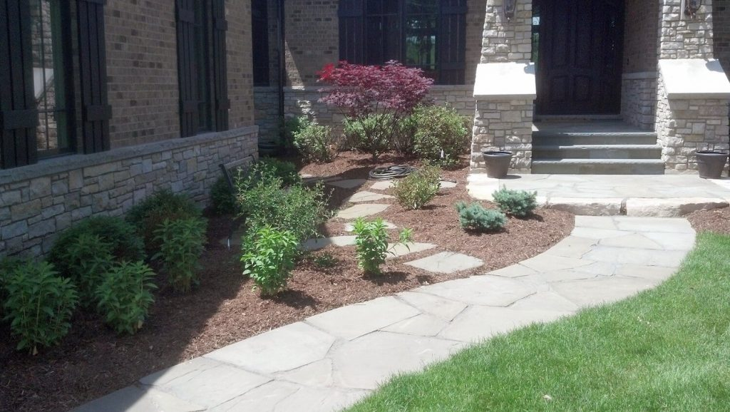 entry way landscape design | RE Marshall Nursery | Rockford IL