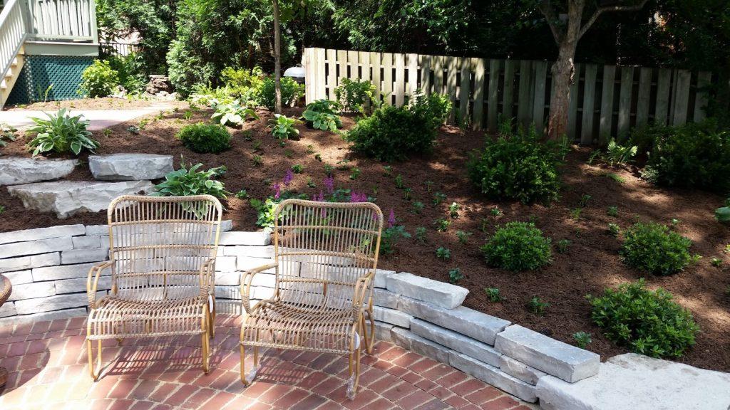 landscape design stone wall paver patio   RE Marshall Nursery   Rockford IL