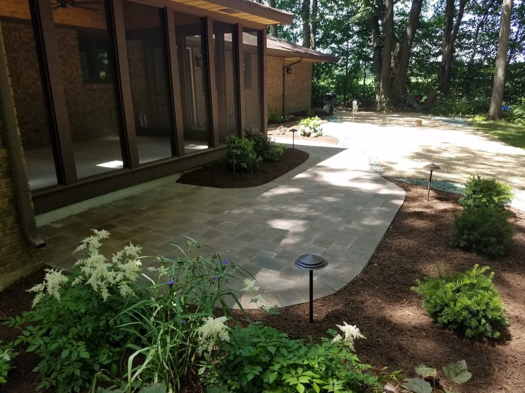 Backyard landscaping | RE Marshall | Rockford IL
